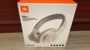 JBL E55 Bluetooth fejhallgató fehér